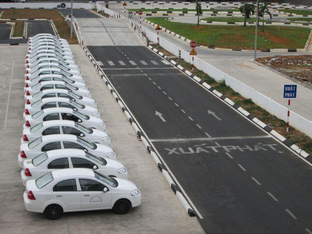 dạy lái xe ô tô tại Đà Nẵng