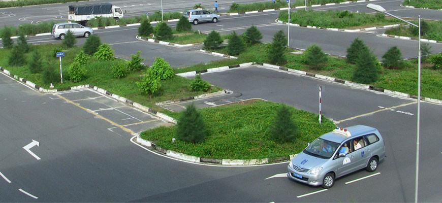 sân bãi học lái xe ô tô
